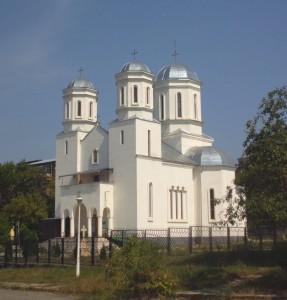 "Biserica ""Sfanta Treime"" si""Sfanta Cuvioasa Paraschiva"" - Hunedoara"
